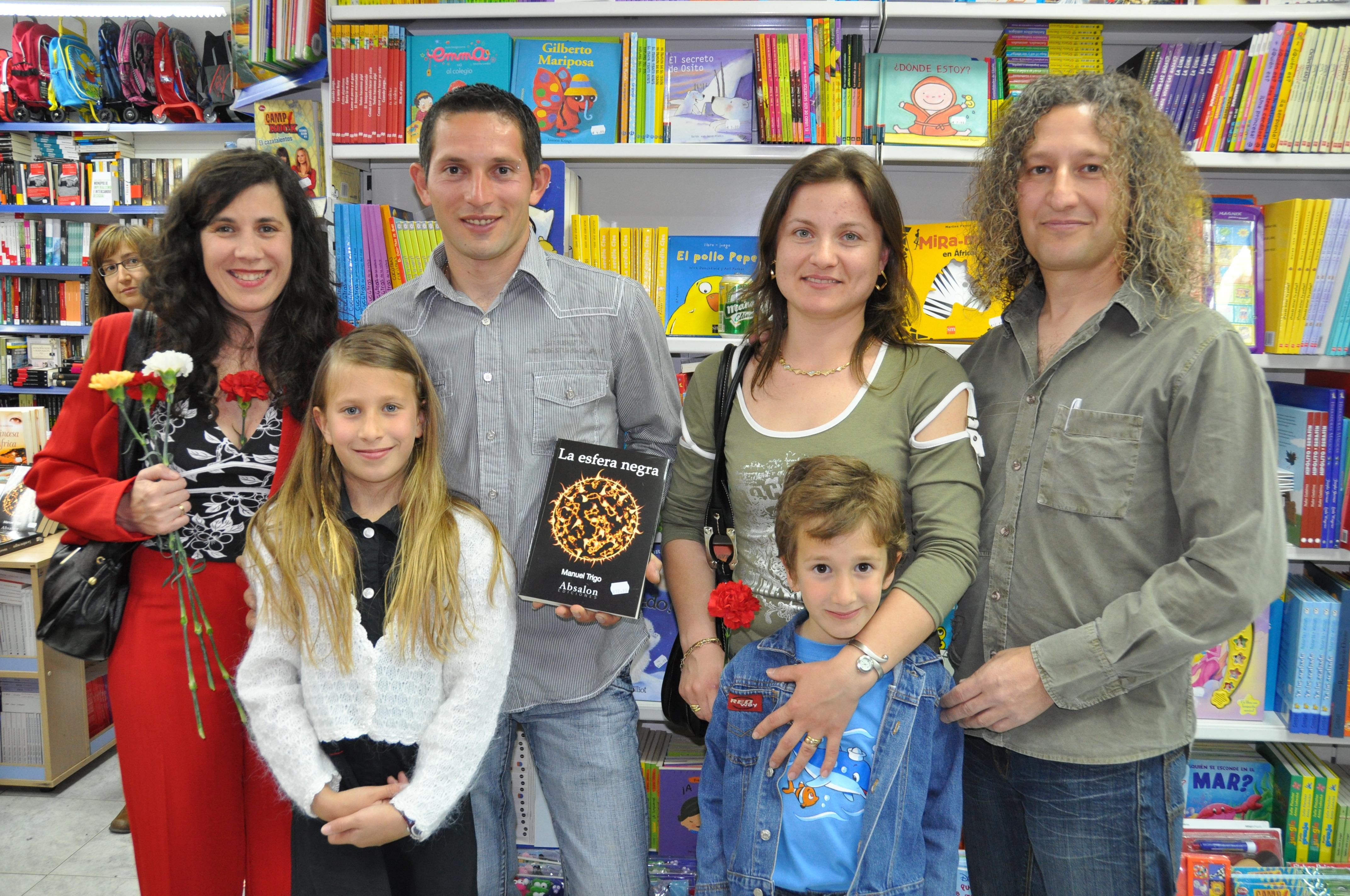 Iuliana y Laurentiu, dos amigos de Rumanía. Que yo sepa, mis primeros lectores de fuera de España.