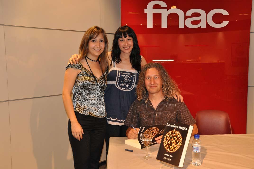"""Manuel Trigo y sus """"hermanagers"""" en FNAC"""